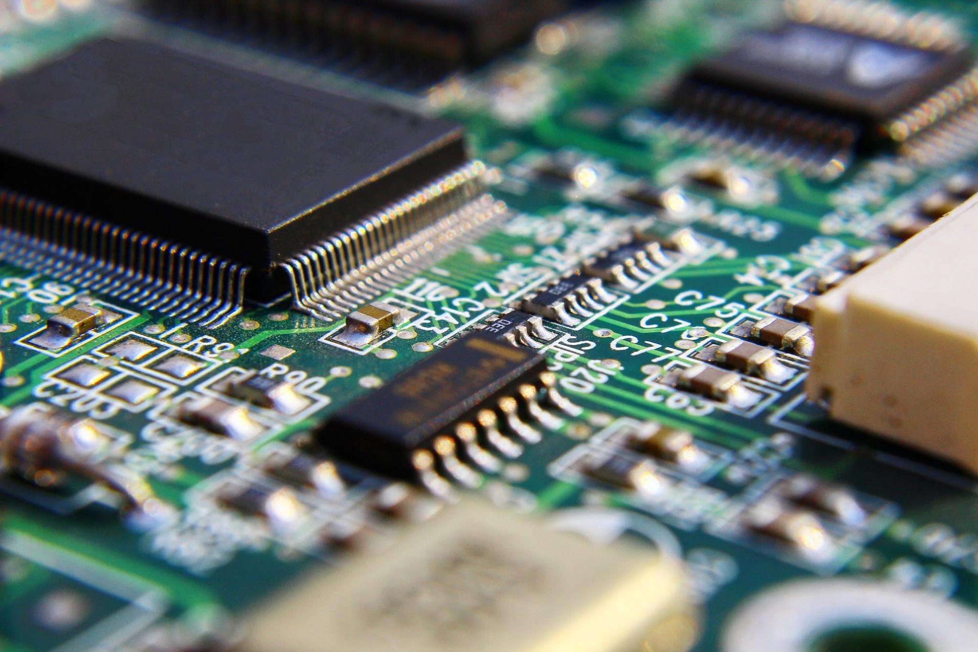 ShuraCore develops Linux Kernel Drivers for processor architectures (x86, ARM, RISC-V, PowerPC, etc.). Linux Driver Development Services.